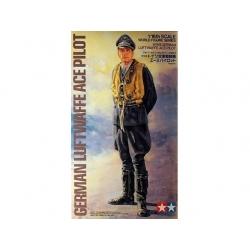 1/16 Ger. Luftwaffe Ace Pilot WWII