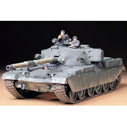 1/35 Американский танк M41 Walker Bulldog (1 фигура командира и 2-мя фигурами солдат)