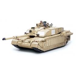 1/35 Английский основной танк, со 120мм пушкой. В комплекте две фигуры. Пустынная версия.