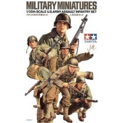 1/35 Американские пехотинцы (6 фигур) в форме М1941 и М1943 с различным оружием в атаке WW2