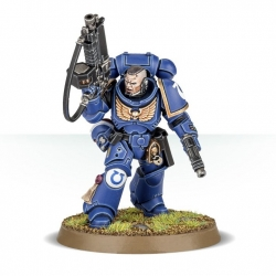 Dark Imperium Primaris Space Marines Lieutenant with Auto Bolt Rifle 40-01-60-5