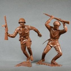 Красная армия, набор №2 (2 фигуры 150 мм, светло-коричневые) (80005)