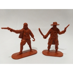Pirates, two figures (brawn) 002