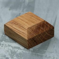 Wooden stand, 30x30x15 mm, oak (2124351)