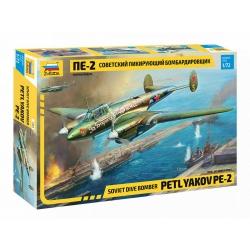 WWII Советский пикирующий бомбардировщик Пе-2 (7283)