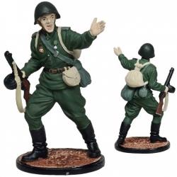 Гвардии рядовой Красной Армии. СССР, 1943-45 гг. В росписи (ww2-26c)