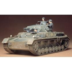 1/35 Немецкий танк Pzkpw IV Ausf.D 1939г.(с укороченной пушкой) и 3 фигурами танкистов WWII (35096)