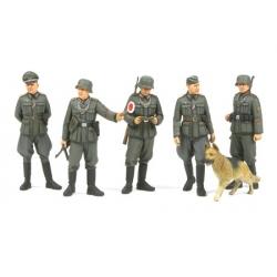 1/35 Немецкие военные полицейские (5 фигур) WWII