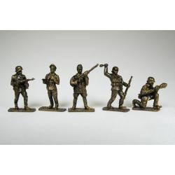 World War II, Germans (5 pcs.) tin painted bronze