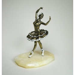 "Figurine ""Ballet dancer"" on natural stone"