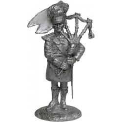 Волынщик 71-го горного пехотного полка Глазго, 1806 г. (p_rep07)