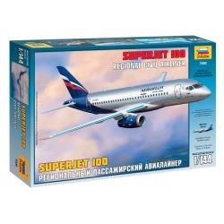 Региональный пассажирский авиалайнер Superjet 100 (7009)