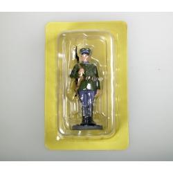 Сержант в парадной форме для строя, ВВС РККА, 1945 г.