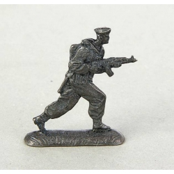 "The soldier №17 ""Paratrooper with a gun. Airborne Troops"" (1383261)"