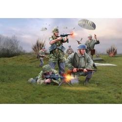 WW II Немецкие парашютисты (0532)